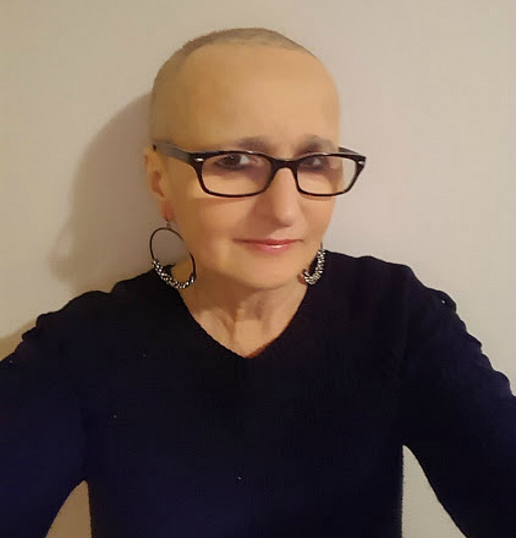 Living and traveling with cancer. My hair starts to grow.