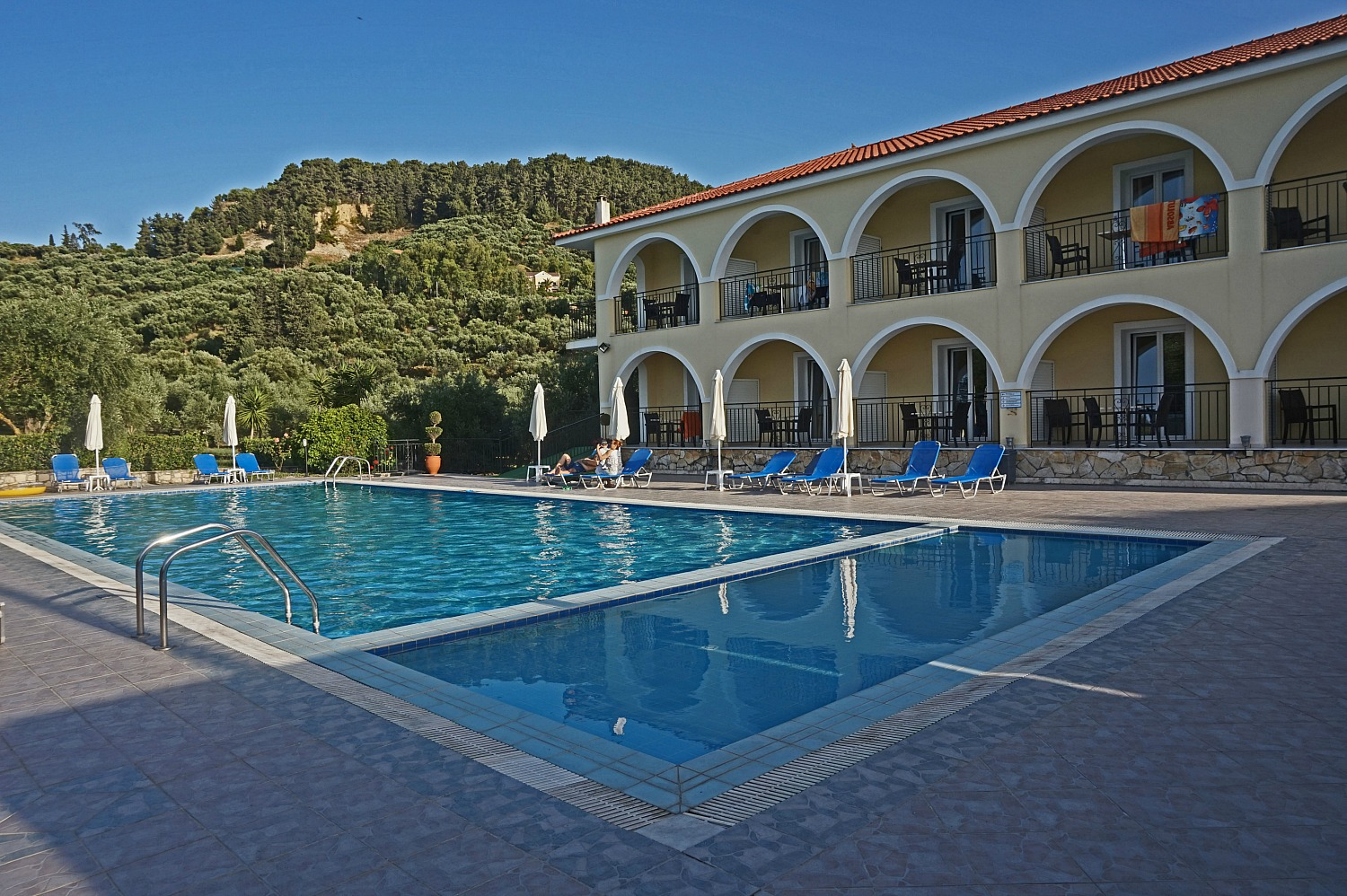 Zakynthos Greece - how to visit. Varres Hotel.