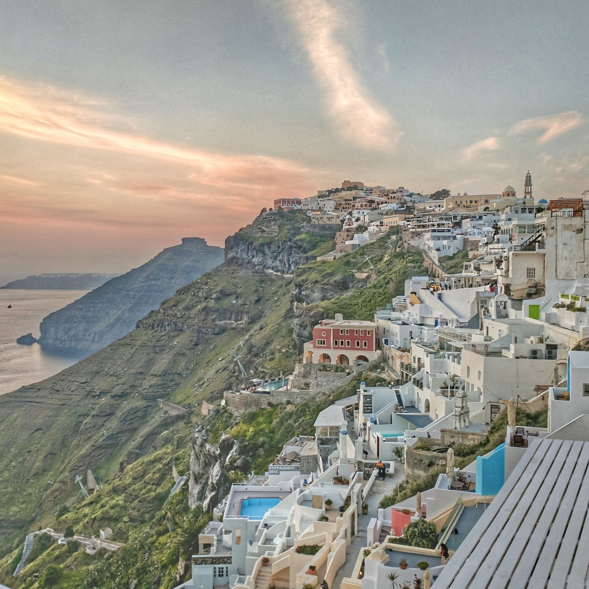 Thira looks beautiful as sunset if you manage to stay away from the crowds.