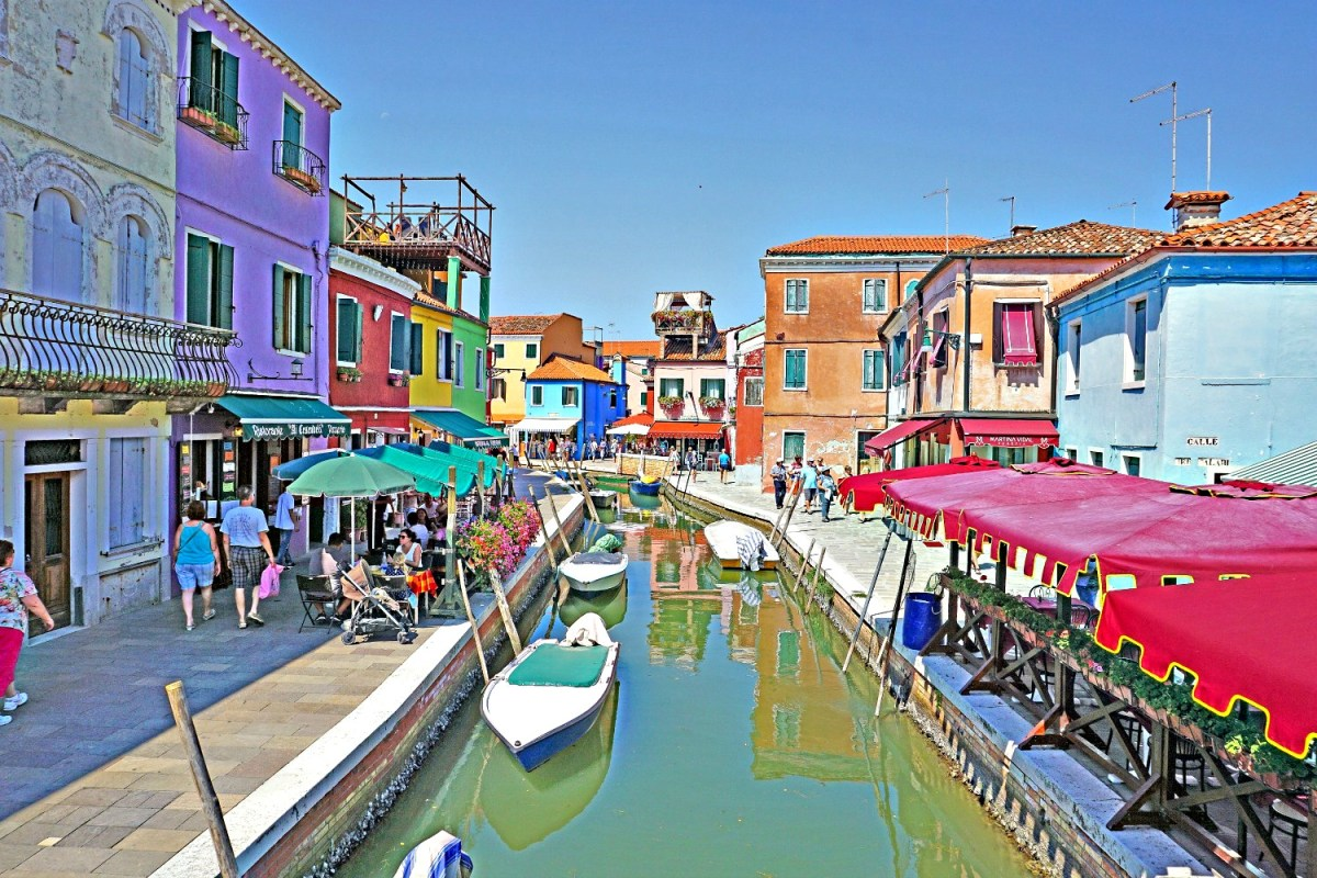 Canal of Burano.