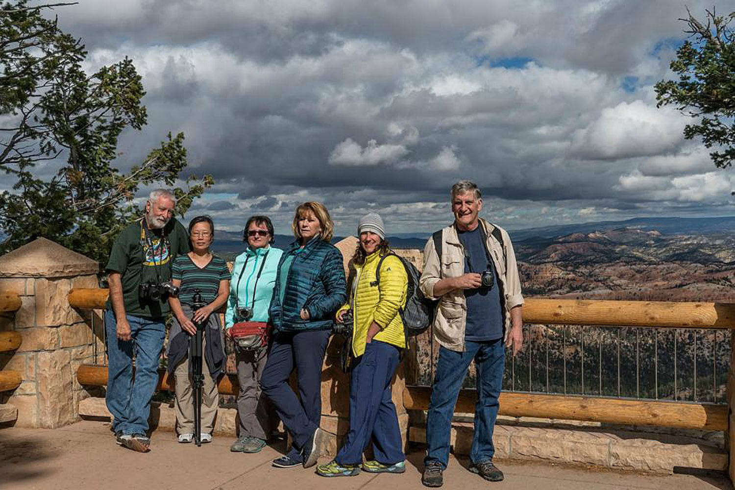 Group photo at Bryce Canyon National Park.