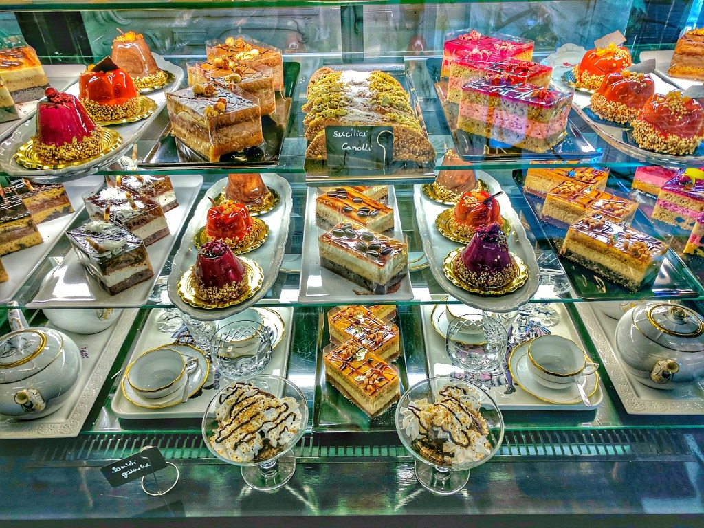 Hungarian desserts you can try while driving around Balaton Lake.