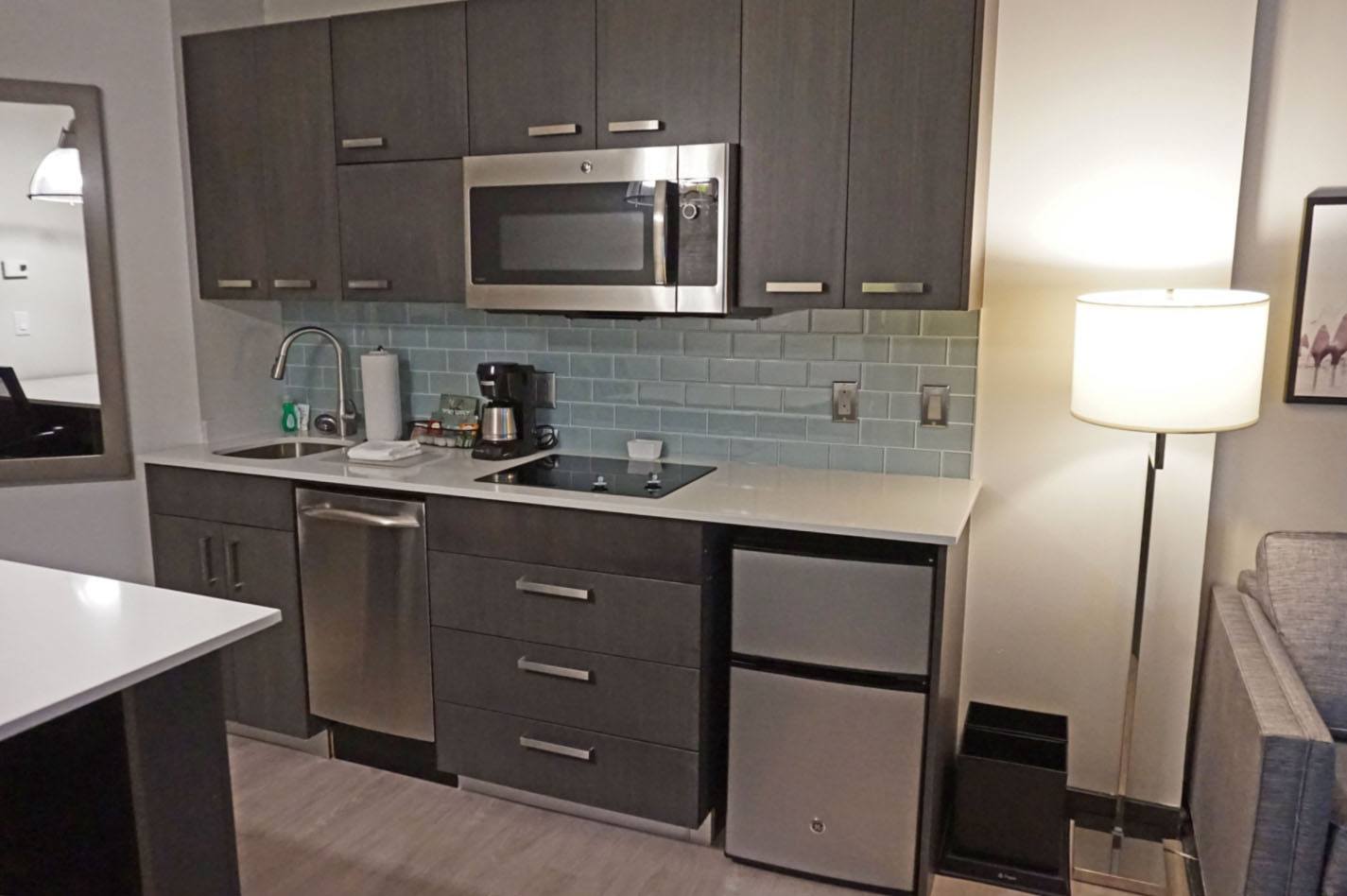 Hyatt House Jersey City offers home conveniences. How to visit New York on a budget.