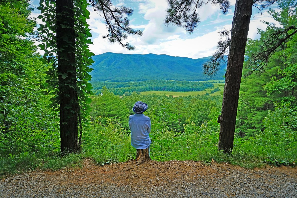 Off the beaten path at Great Smoky Mountain National Park. Spring - how to visit.