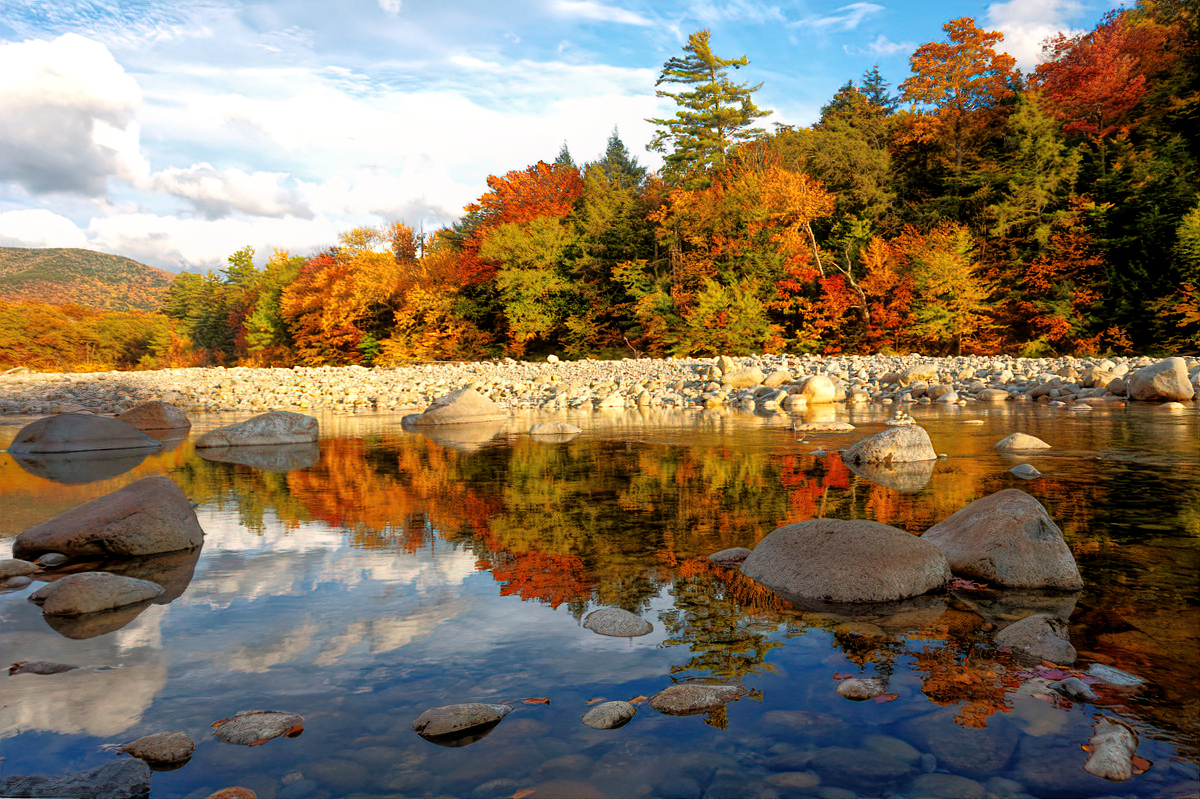 Kancamagus Highway offers many pullouts to enjoy the scenery.