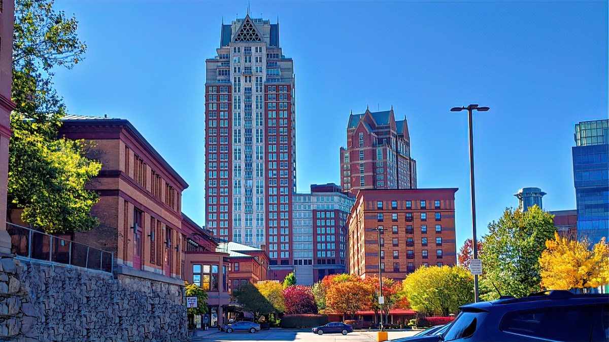Hotel Omni Providence offers great location and fantastic views.