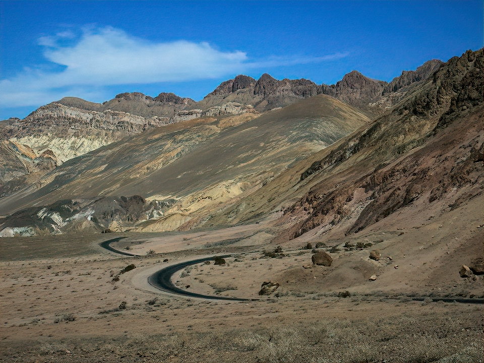 Artist Drive, one of a few attractions of Death Valley National Park that can be enjoyed from the car