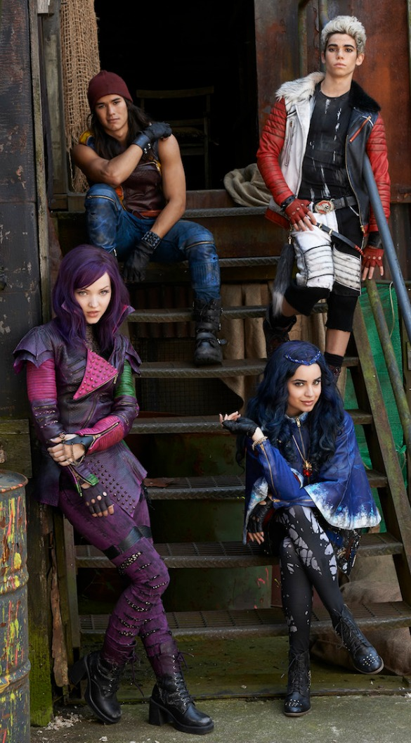 descendants_cast_photo-sized