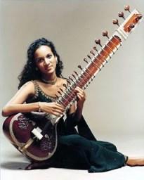 AnoushkaShankarSitar300dpi