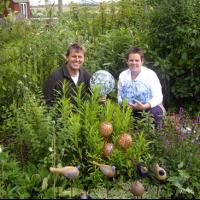 """De Hooimaker in Assendelft """" wij wisten niet dat onze manier van tuinieren een naam had""""."""