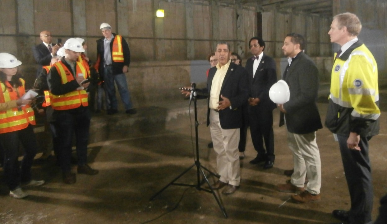 Congressman Espaillat announces federal funds for the completion of the second avenue subway line in New York.