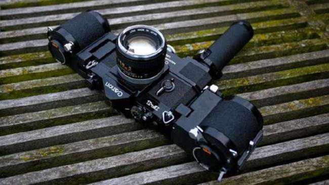 Девайс для увеличения количества кадров на пленочных фотоаппаратах (5 фото + видео)