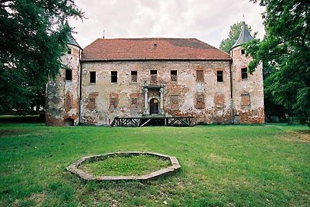 zamek w chobieni