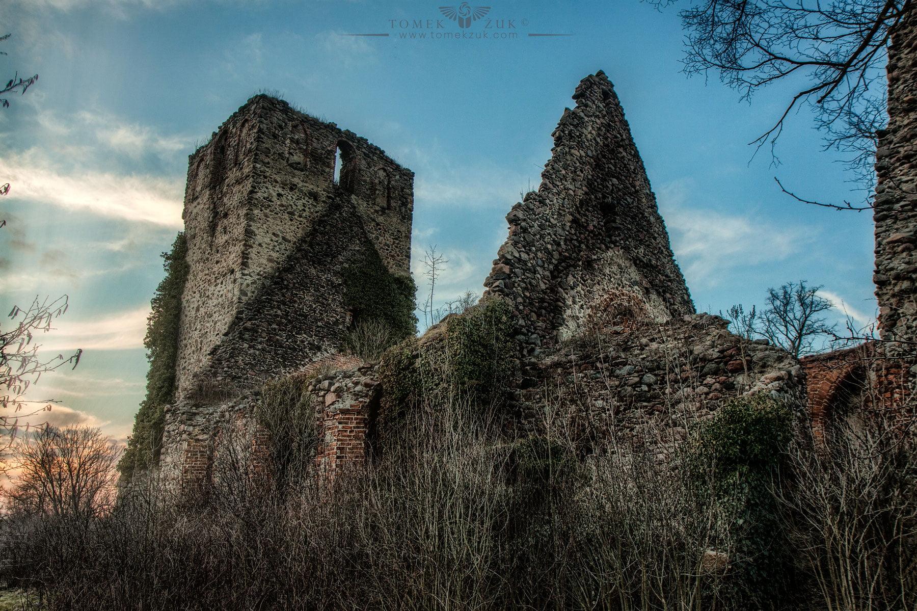 Ruina kościoła św. Jakuba w Długich