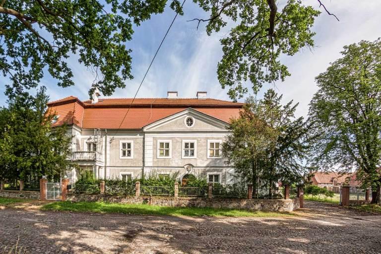 Dwór w Jabłonowie