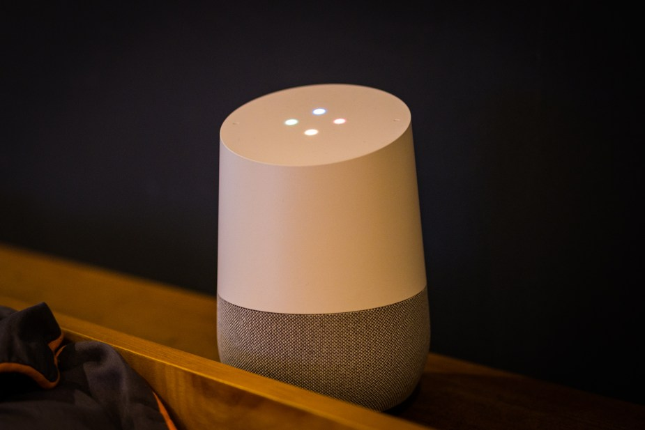 Google Home (3 of 3)