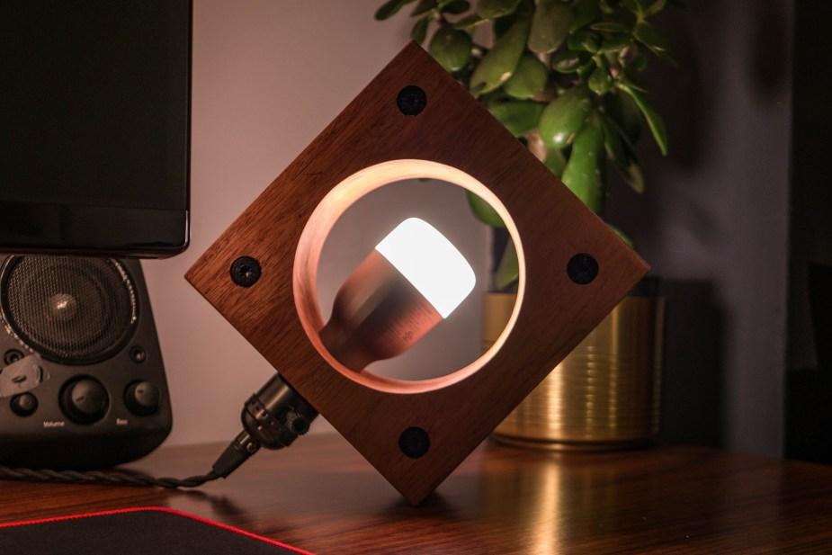 Smart Lamp (29 of 36)