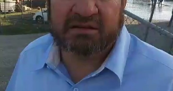 Live Breaking News: Needles, CA: Needles City Council Member Shawn Gudmundson provides information on water line manifold leak at 1300 River Road.