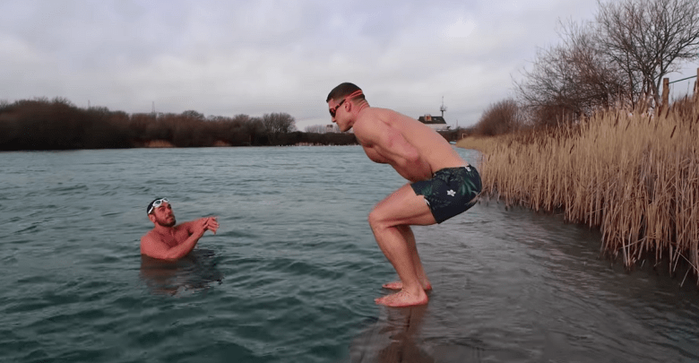 Watch What Happens When a Bodybuilder Goes Ice Swimming for the First Time [ARTICLE]