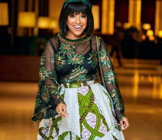 Joselyn Dumas Hit The Internet With These Stunning Photos Displaying Her Curves