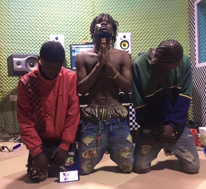 Quami Stylin - Super Star Ft. Kofi Ayisem (Mixed By Otiti)