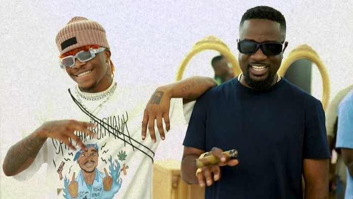 Non Living Thing Video by Sarkodie Ft Oxlade