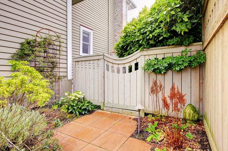 23 Landscaping Ideas For Side Of House Zacs Garden
