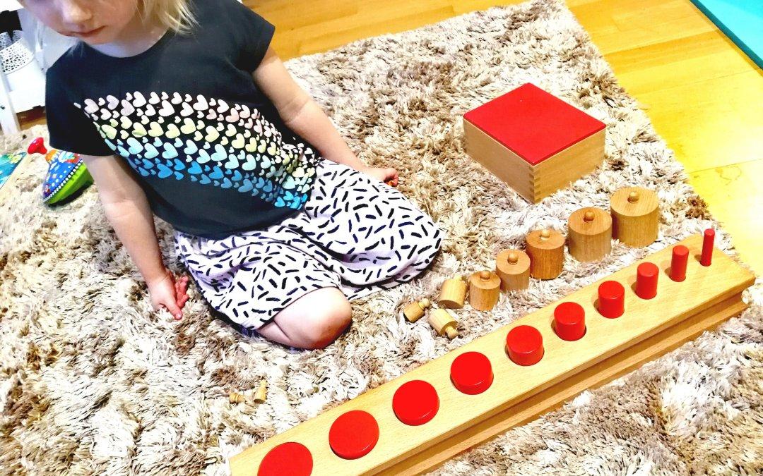 Od sensoryki do matematyki… i jeszcze trochę o kreatywności w pedagogice Montessori