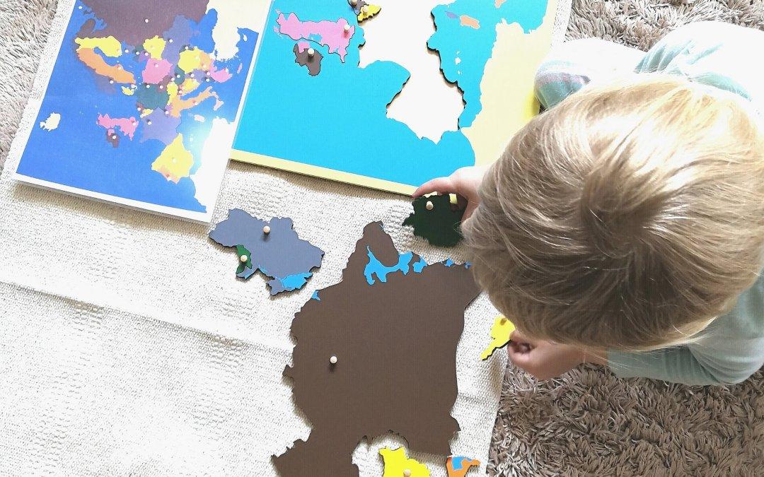 """""""Unikanie konfliktów jest zadaniem polityki, budowanie pokoju to edukacja."""" Maria Montessori o wychowaniu do pokoju."""