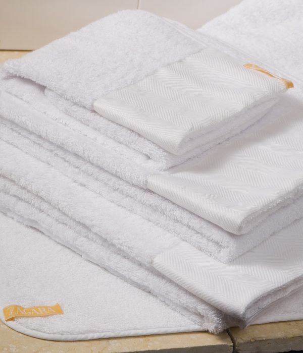 signature_guest_towel_2