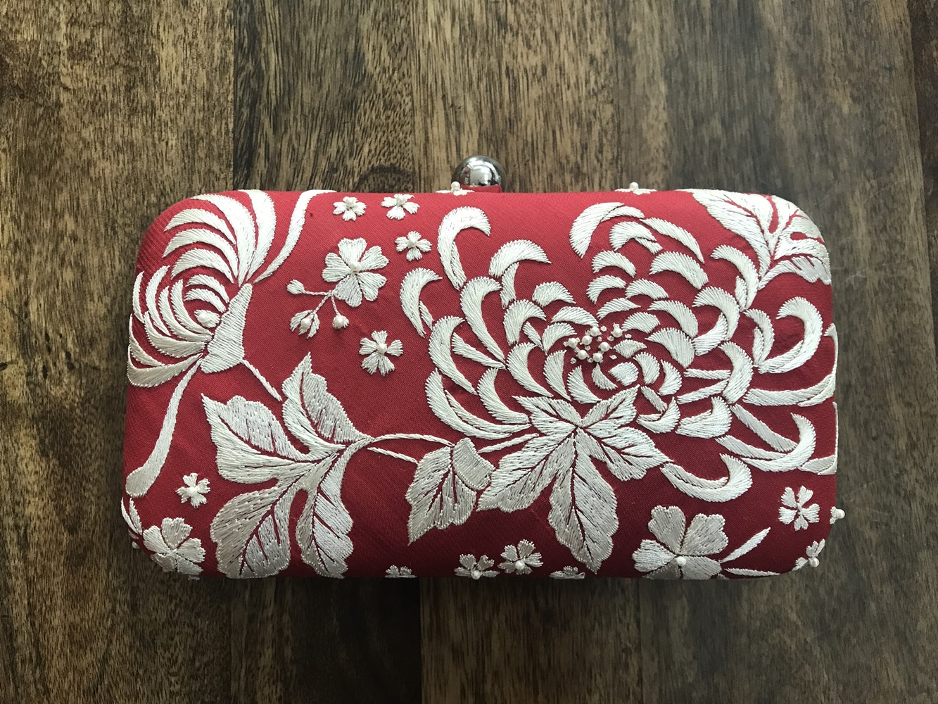 Chrysanthemum Clutch