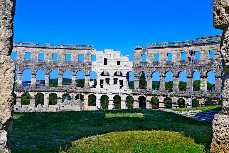 Istria Pula amphitheater day tour from Zagreb