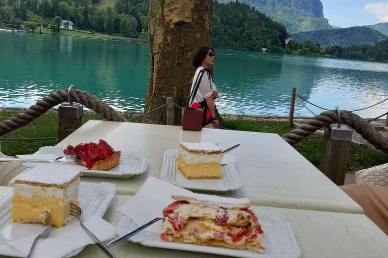 cream cake in Slovenia