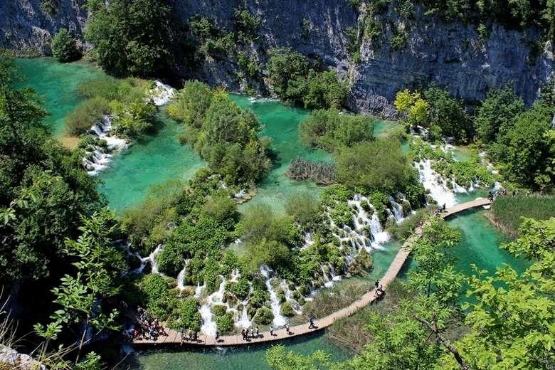Zagreb to Dubrovnik via Plitvice Lakes National park