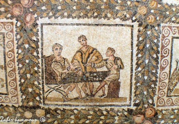 Scène de jeu de dés au musée du Bardo