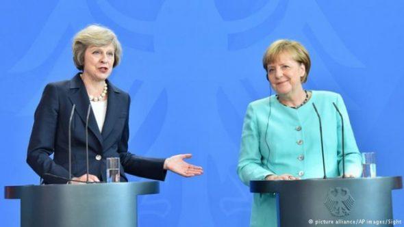 إنجيلا ميركل وتيريزا ماي رئيس وزراء بريطانيا
