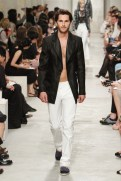 CHANEL resort 2014 Singapore - Black jacket and white pants III