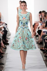 Oscar de la Renta Spring 2014 - Blue dress ffloral embroidery