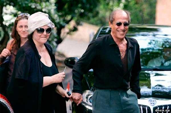 Челентано и съпругата му