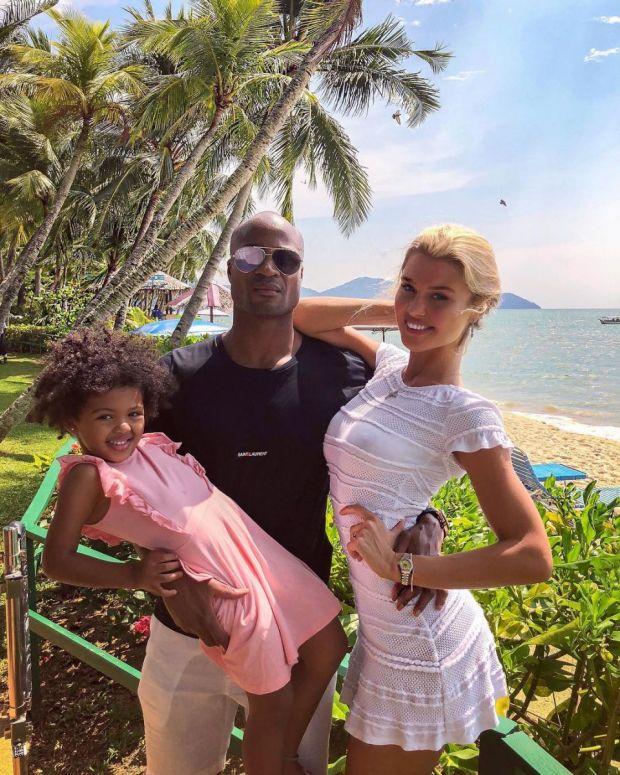 красиво семейство