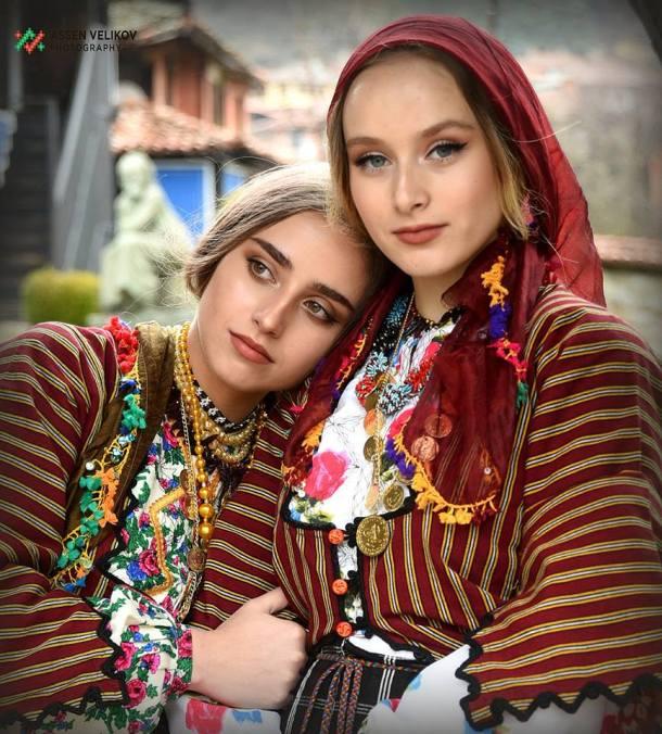 сестри Романови