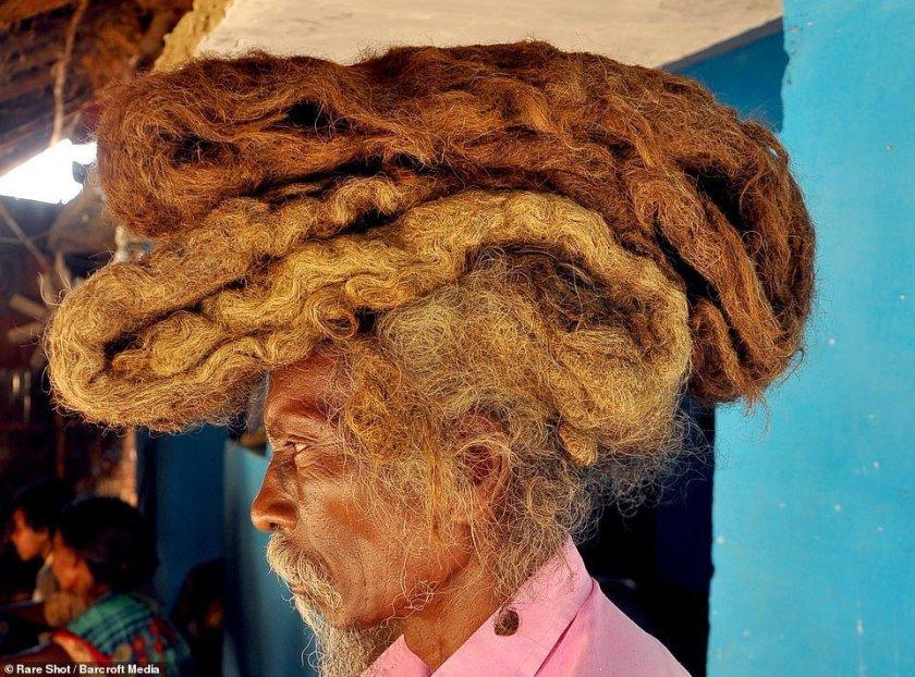индиец с дълга коса