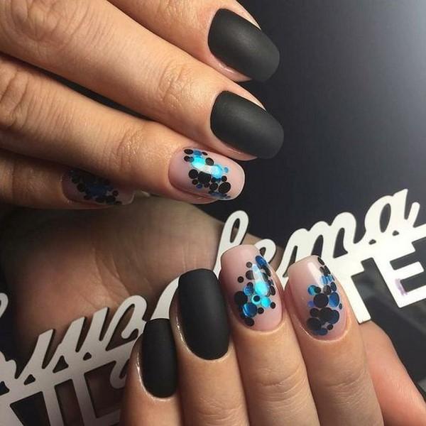 https://ladywomans.ru/wp-content/uploads/2017/10/manicure-trendy-11.jpg