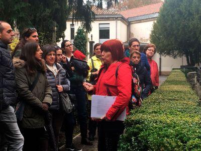 Visita al cementerio con Marta Extramiana 2017