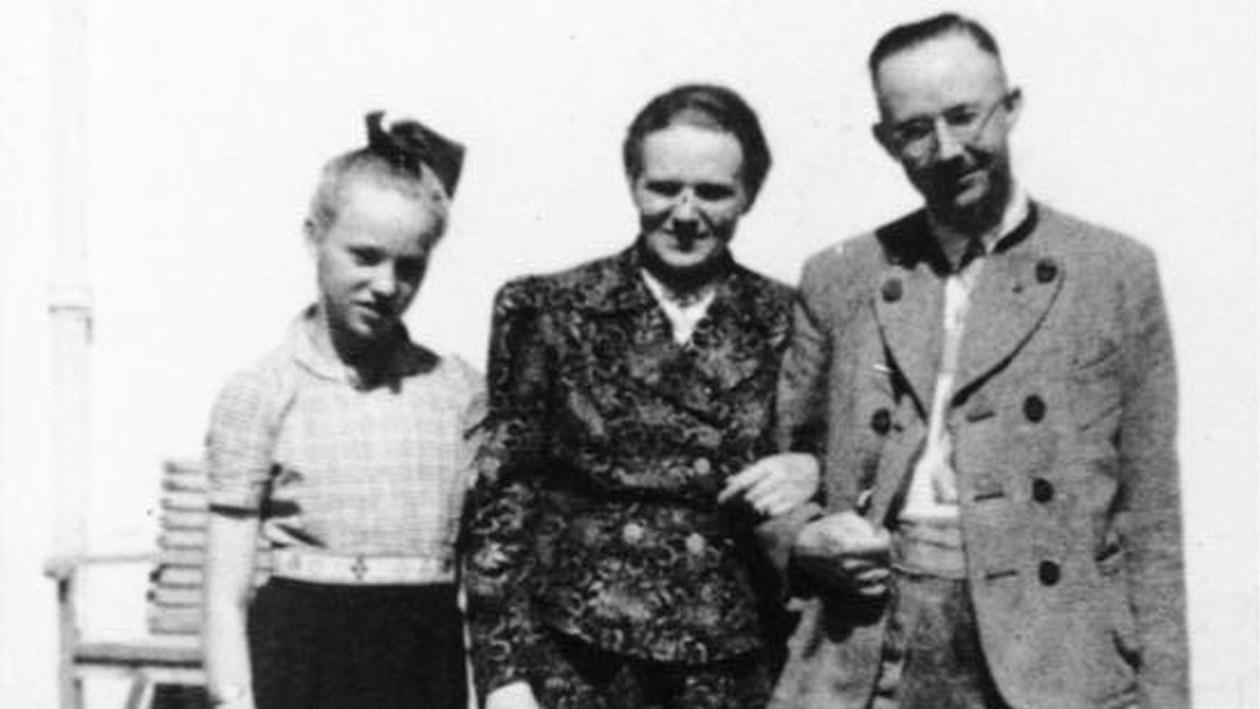 Heinrich Himmler z córką Gudrun - pierwsza z lewej