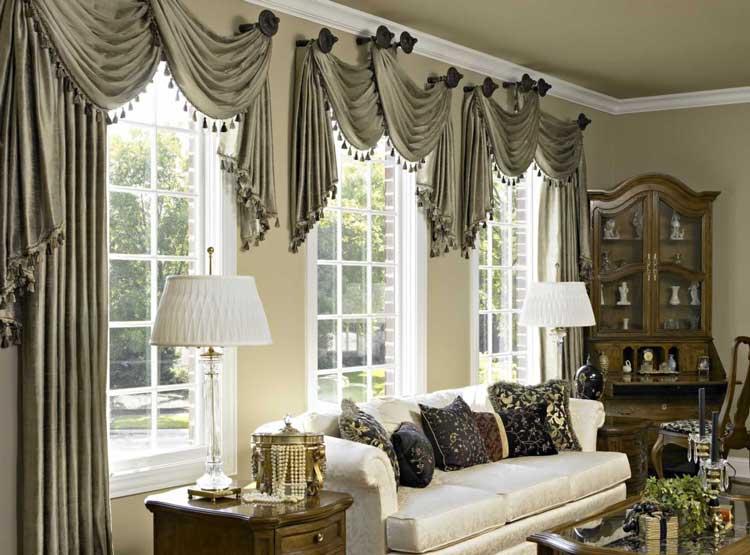 Декоративные-шторы-в-классическом-стиле-с-ламбрекеном
