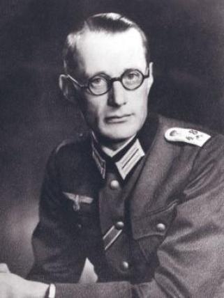 Ulrich-Wilhelm Graf von Schwerin von Schwanenfeld