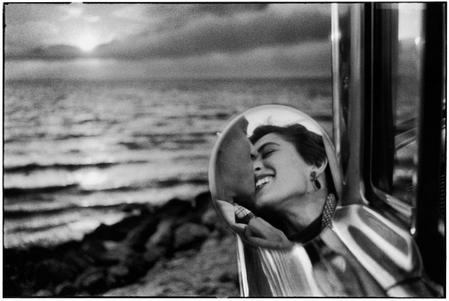 Elliott Erwitt, California 1955