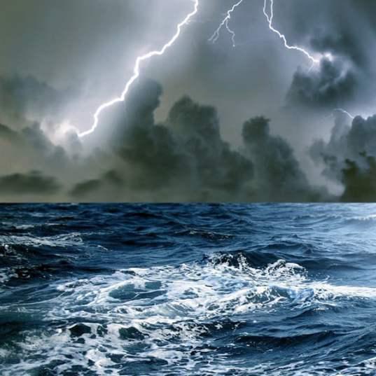 storm-in-sea-hd-wallpapers-for-personal-desktop