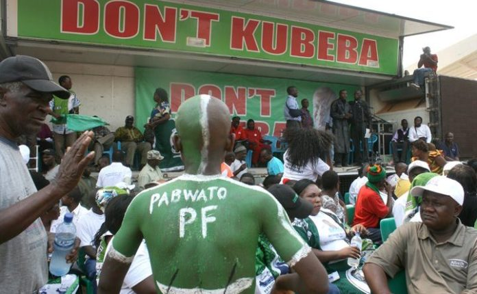 PF Cadres Storm Govt Offices, Chase Civil Servant On Allegations That She Is A UPND Supporter – Video